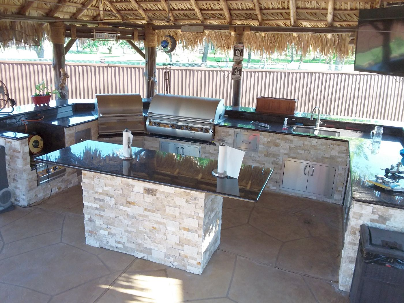 custom outdoor kitchens houston tx