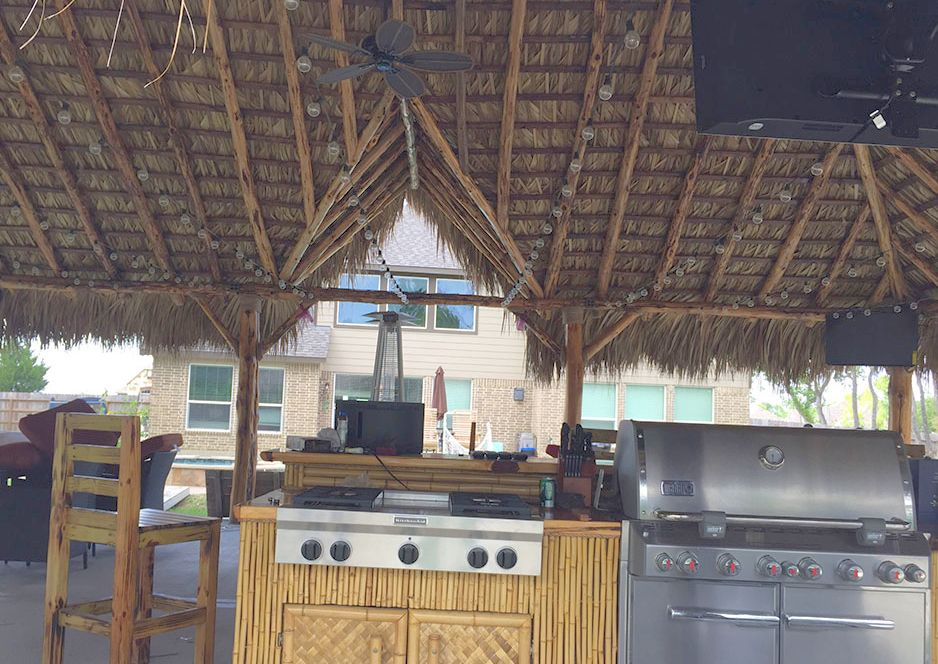 outdoor_kitchens_bars_palapas_tiki_huts