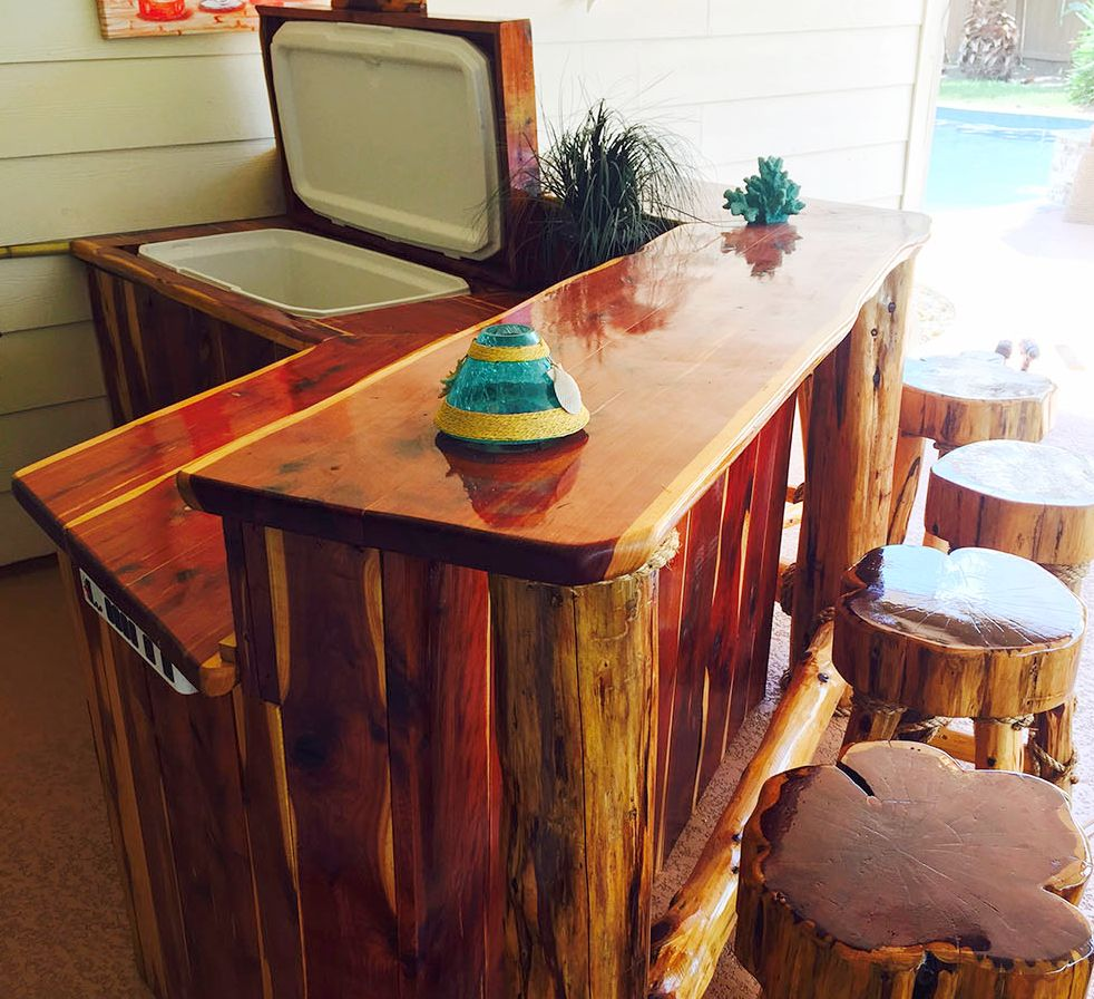 red_cedar_outdoor_bar