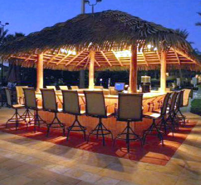 palapa bar by luxury palapas